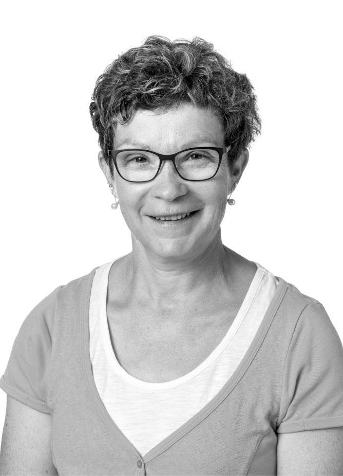 Therese Wüthrich, Tierarzthelferin